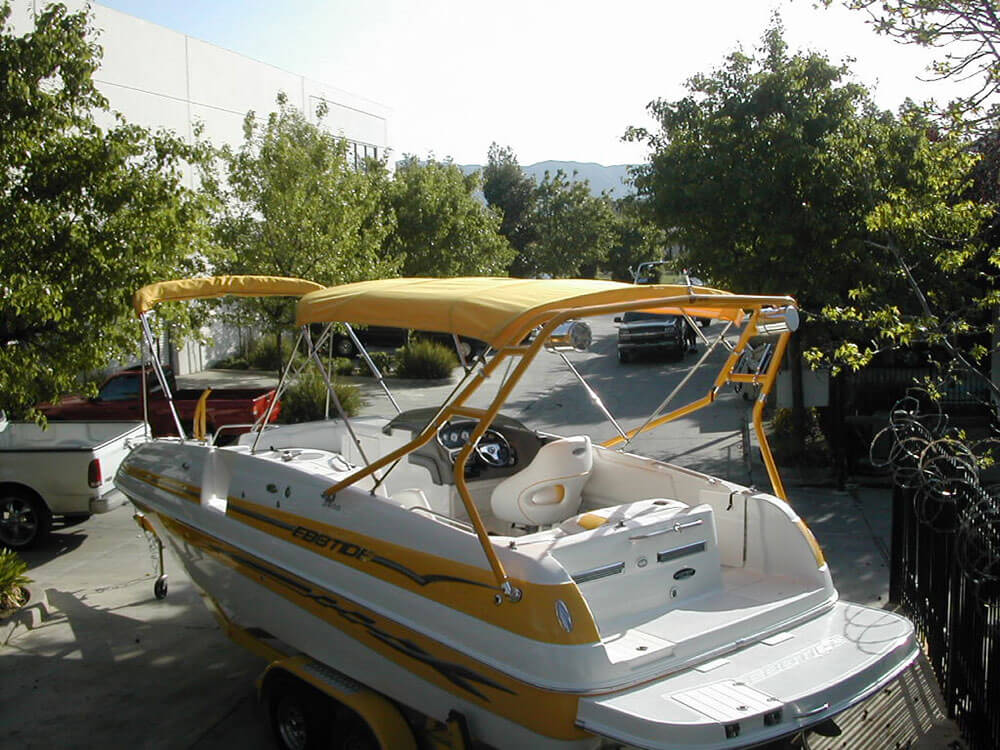 Ebbtide-Deckboat-w-Bimini